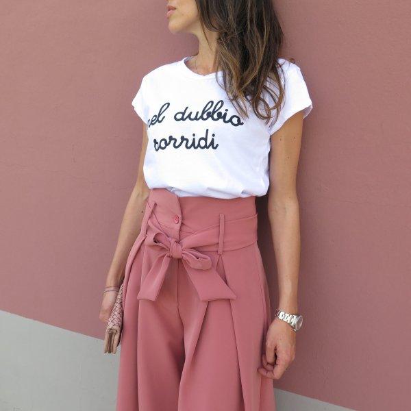 T-shirt maglietta NEL DUBBIO SORRIDI