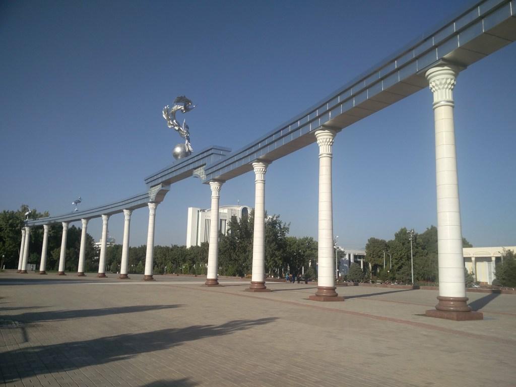 independence square uzbekistan