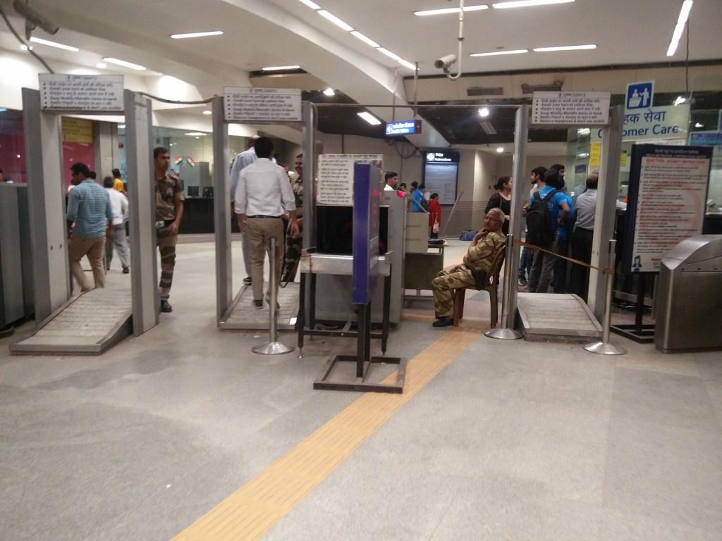 security subway new delhi