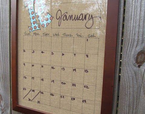 un cadre photo détourné en calendrier permanent pour que toute la famille s'y retrouve
