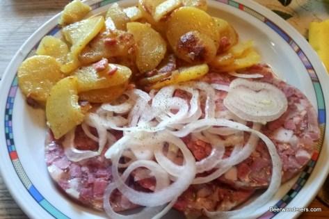 pressach with bratkartoffeln