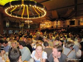 crowds at nockherberg