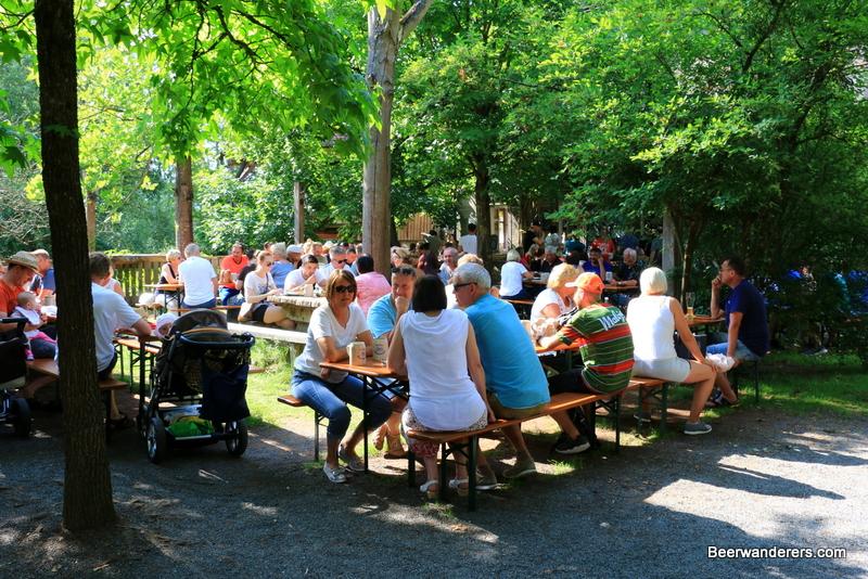 Rattelsdorf Obere Muhle Biergarten Beerwanderers