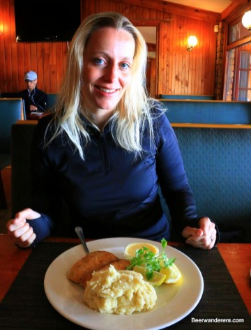 blond with fish and mashed potatoes