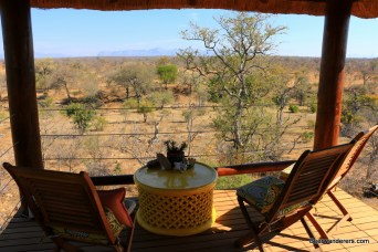 table with chairs and great safari view