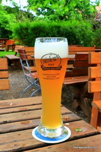 unfiltered wheat beer in glass