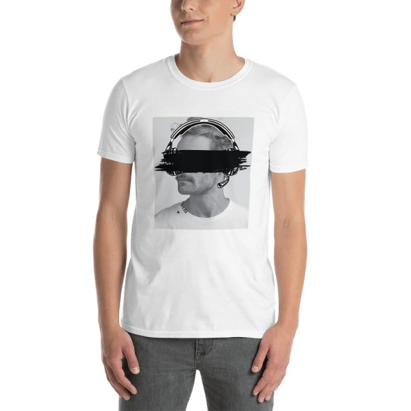 Eyes covered t shirt high quality