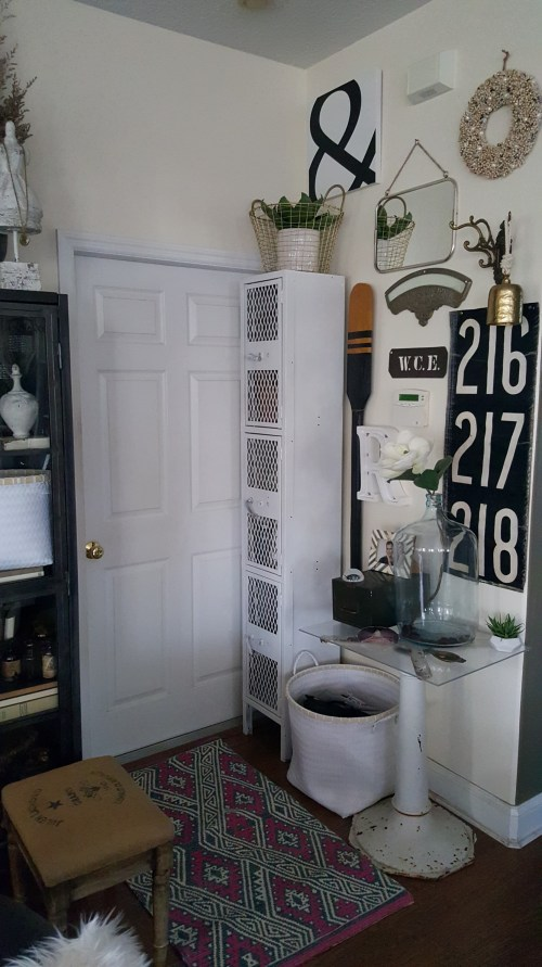 DIY Mudroom Small Space Storage Modern Farmhouse Vintage Decor Makeover Industrial Lockers Acrylic table