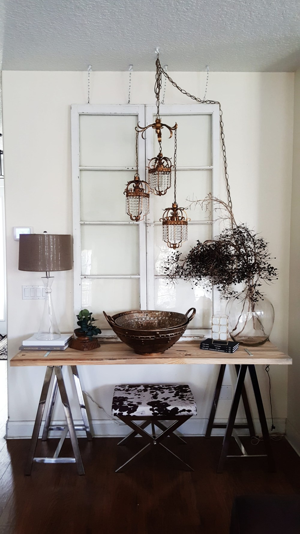 Mid Century Modern Eclectic Vintage Industrial decor design inspiration living room makeover furniture home decorating bed bath & beyond black and white decor minimal design metal vase flowers