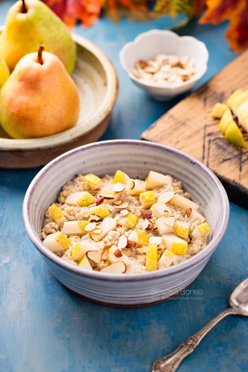 cardamom quinoa porridge with pear and almond milk