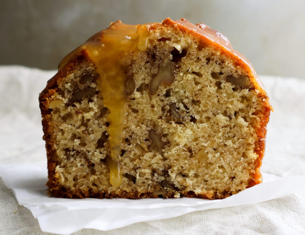Walnut cake with caramel sauce