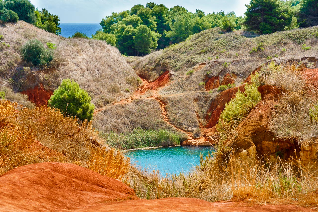 Bauxite Otranto BeeYond Travel