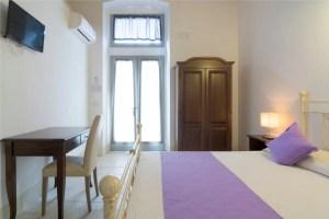 Standard Room 3 Palazzo San Giovanni BeeYond Travel