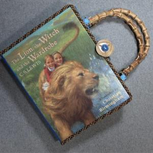 The Lion, The Witch and The Wardrobe Vintage Book Laptop Hand Purse