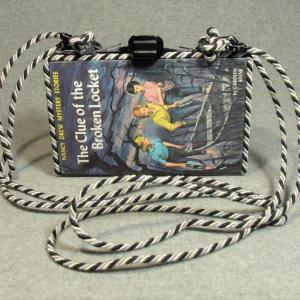Nancy Drew The Clue of the Broken Locket Vintage Book Shoulder Purse