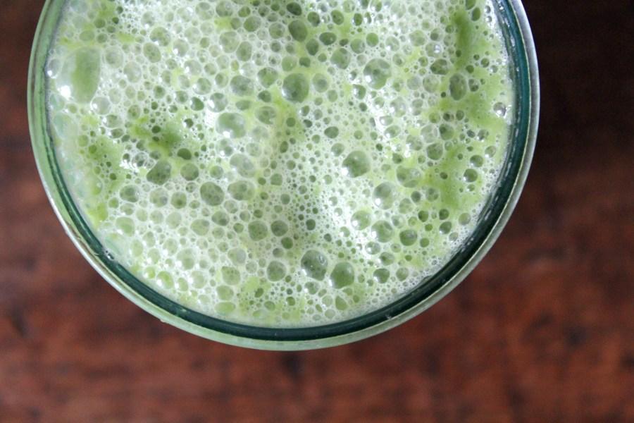 Gezonde groene smoothie met boerenkool