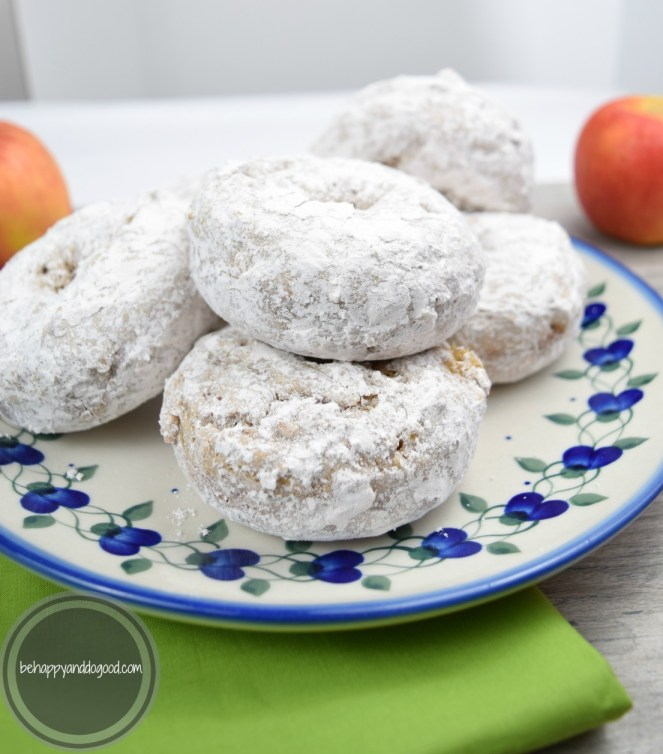 fresh apple cider donuts