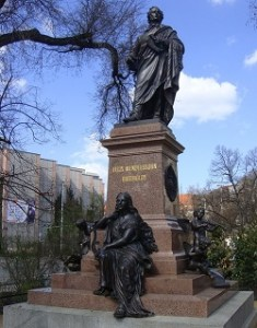 Text to Mendelssohn's Elijah--the biblical story and its