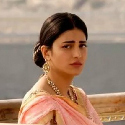 Shruti Haasan lashes out at her trollers after being fat shamed