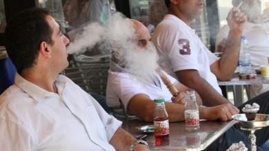 صورة السويد : الحكومة تريد منع التدخين خارج المطاعم بما فيه النرجيلة أيضاً