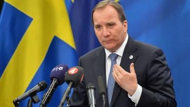 """صورة السويد : رئيس الوزراء السويدي """"ستيفان لوفين"""" يتعرض لحادث مرور"""