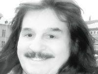 صورة سنواتُ السبعينات الحُلوة المُرّة والذكرى 21 لرحيلِ الشاعر الكبير عبد الوهاب البياتي