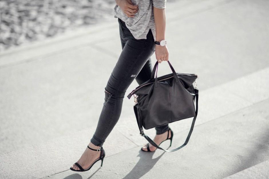handbag capsule wardrobe with Bahru leather
