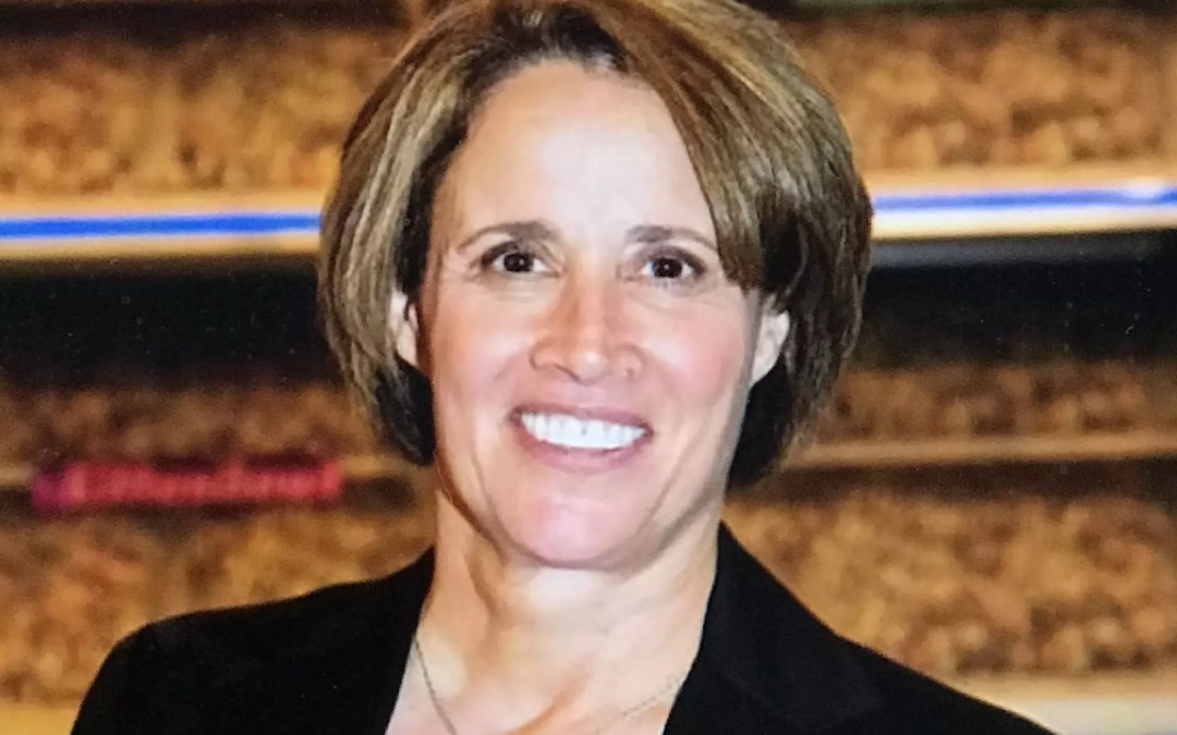 Episode 123 – Mary Carillo Joins the Pod!