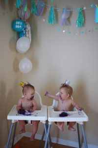 FIRST BIRTHDAY CUPCAKE SMASH
