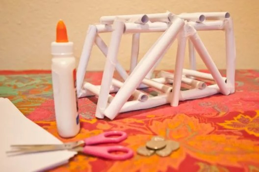 you could roll paper to create this strong structure