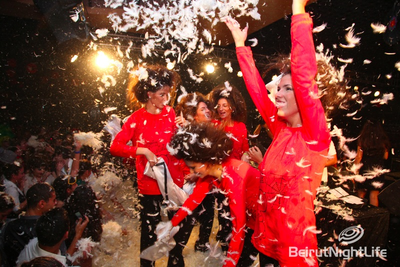 "Women'Secret Fashion Show ""Pillow Fight"""