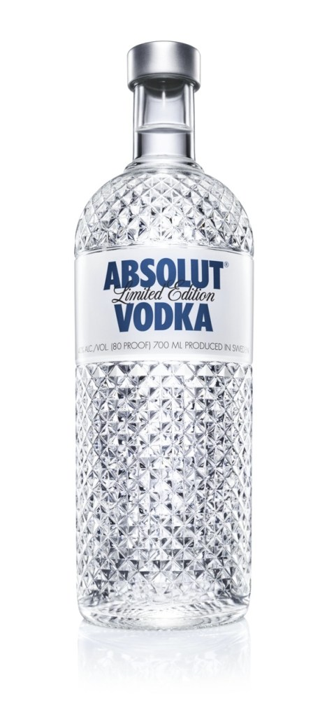 "ABSOLUT debuts ""ABSOLUT GLIMMER"" – a limited EDITION bottle with a crystal shape"