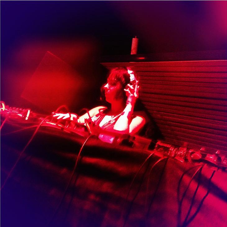 Mayaline Hage Alias Live At Amethyste
