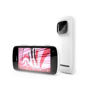 The Award-Winning Nokia 808 PureView is Coming in June!