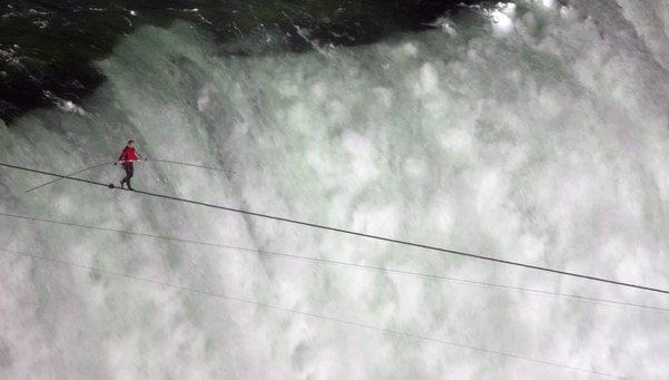 Nik Wallenda Crosses 1,800-Foot Niagara Falls Between U.S. & Canada