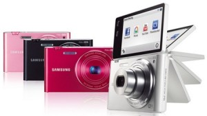 Samsung MultiView MV900F digital WiFi Camera Recognizes Hand Gestures