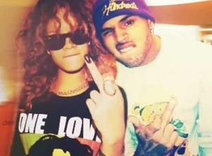 Rihanna Still Loves Chris Brown!