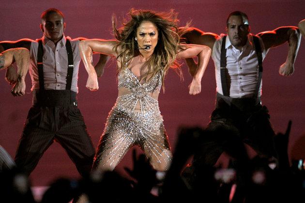 Jennifer Lopez Rocks Istanbul