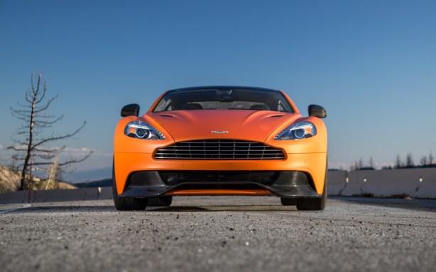 2014-Aston-Martin-Vanquish-