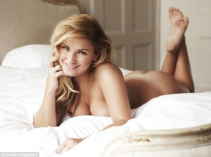 Sam Faiers poses nude as she reveals she's confident about her size