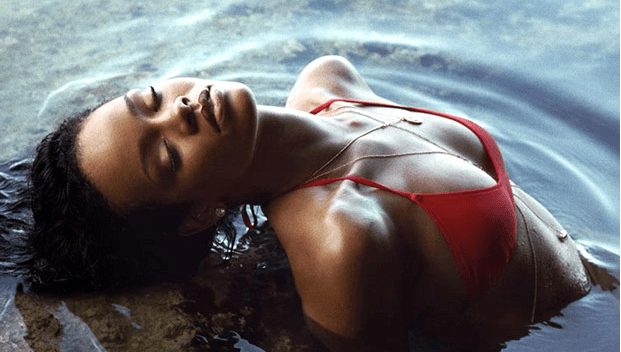Rihanna strips off to boost the Barbados tourism industry