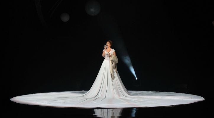 J Lo Dress-1