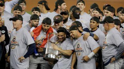 Astros de Houston se proclaman campeones de la Serie Mundial.