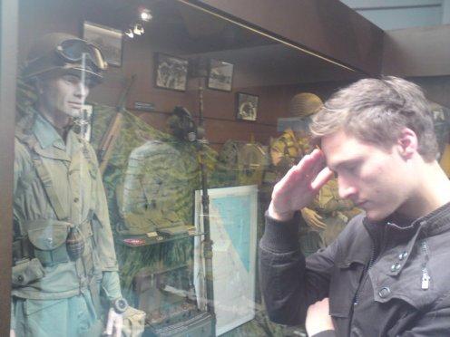 Soldat Axelsson hälsar!