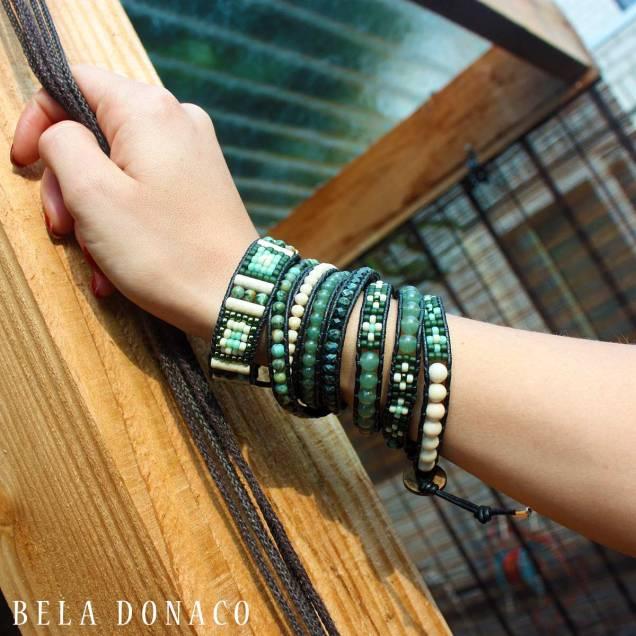 Klant met Bohemian green armbanden