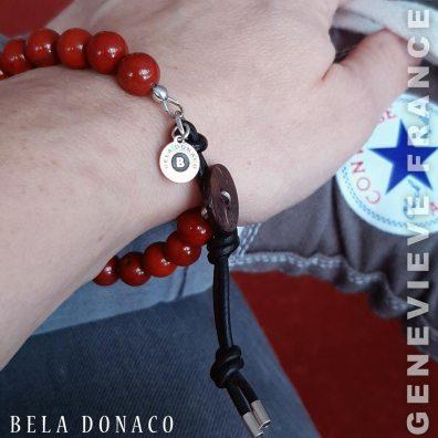 Genevieve uit Frankrijk blij met haar armband