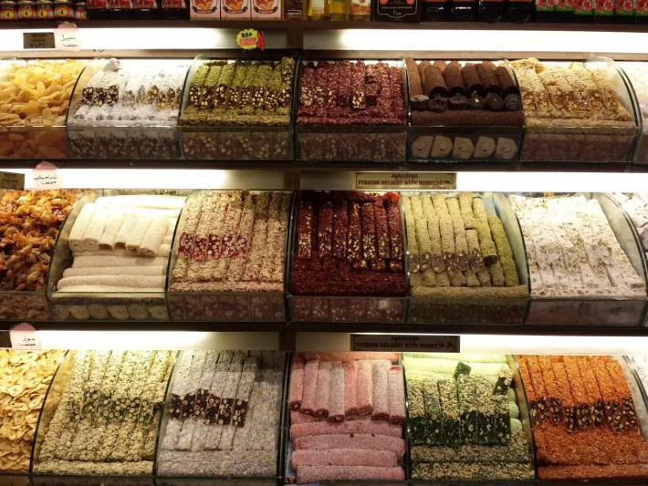 Turkish delights, spice bazaar, things to do in istanbul