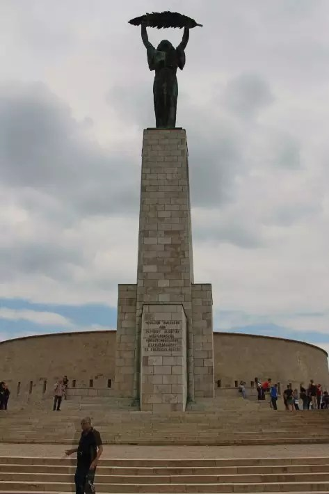 things to do in budapest, what to do in budapest, what to eat in budapest, Liberty statue