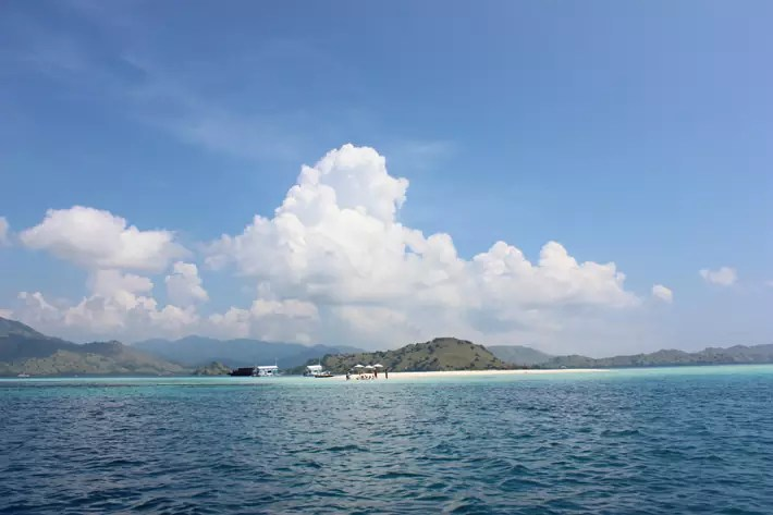 taka-makasar-flores-indonesia; things to do in labuan bajo