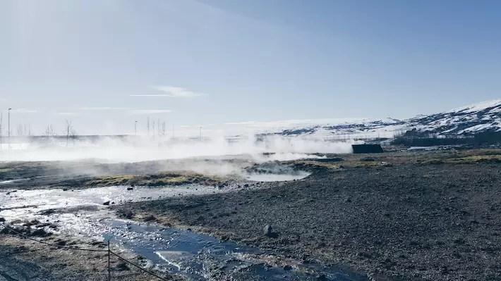 Geysir-geothermal-area Iceland snow